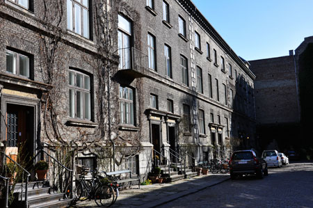 Bakom Amalienborg